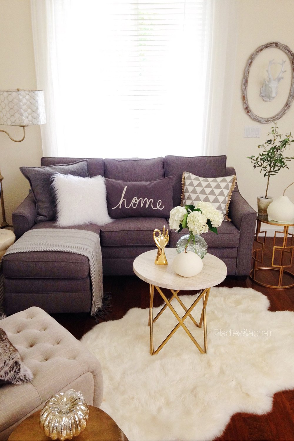Top 5 tips for selling your home during the holidays windermere bellevue commons home to top - Fall decor trends five tips to spruce up your homes ...